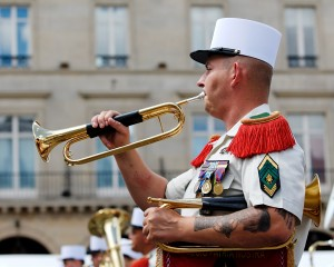 Foreign_Legion_bugler_Bastille_Day_2008